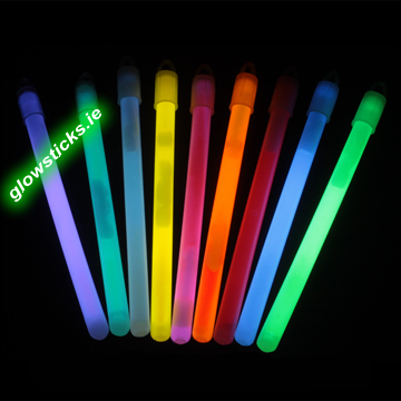 "(Pack of 50) 6"" glowsticks"